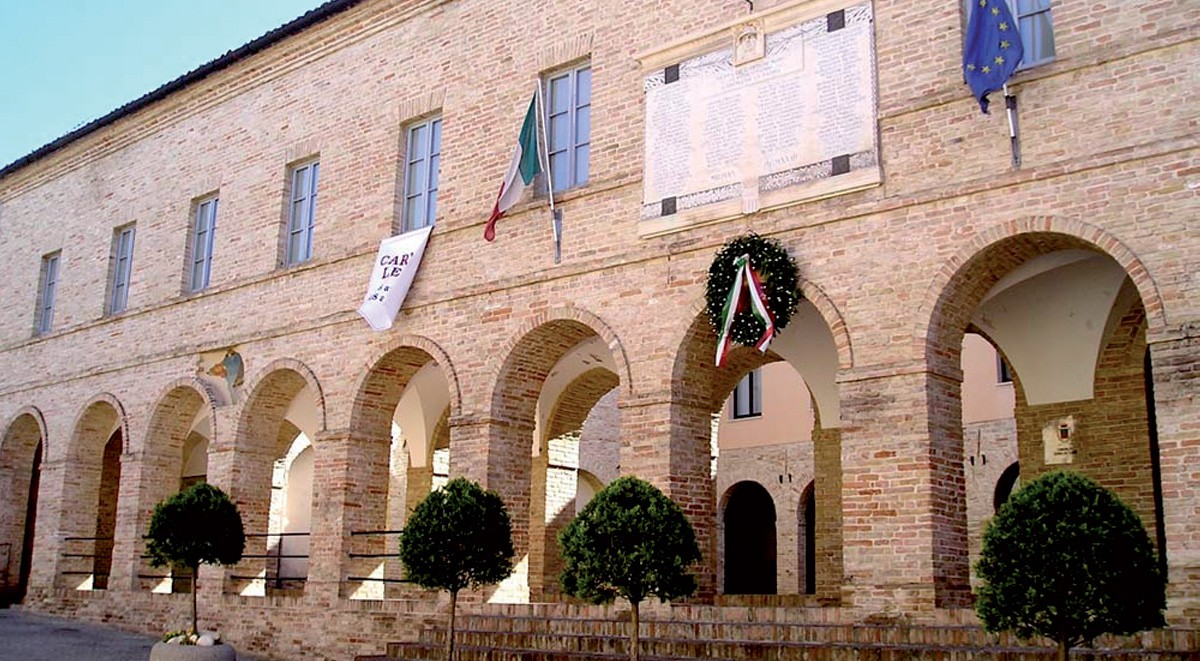 PalazzoComunale-FotoTesto1